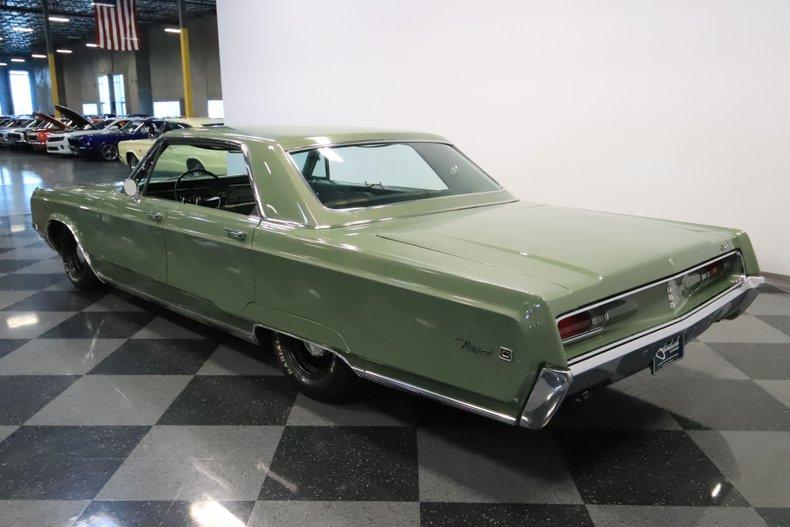 1968 Chrysler Newport 9
