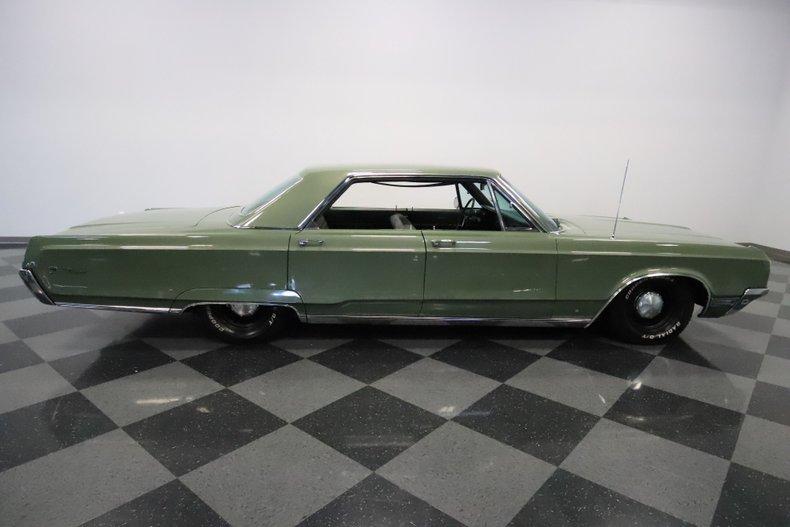 1968 Chrysler Newport 15