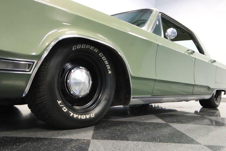 1968 Chrysler Newport 23