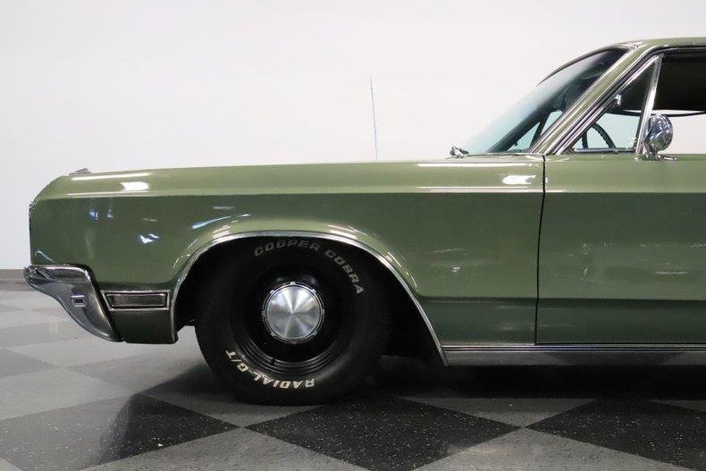 1968 Chrysler Newport 25