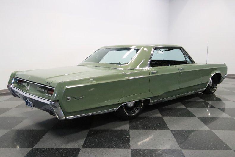 1968 Chrysler Newport 29