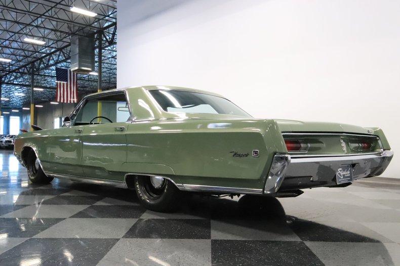 1968 Chrysler Newport 28