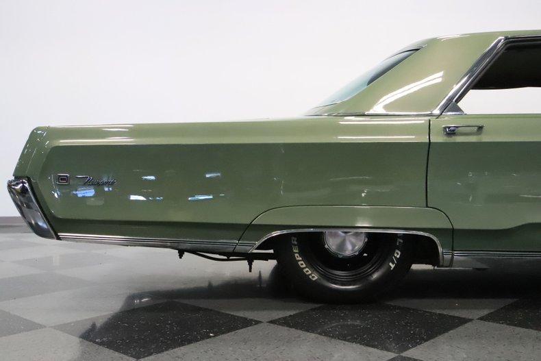 1968 Chrysler Newport 33