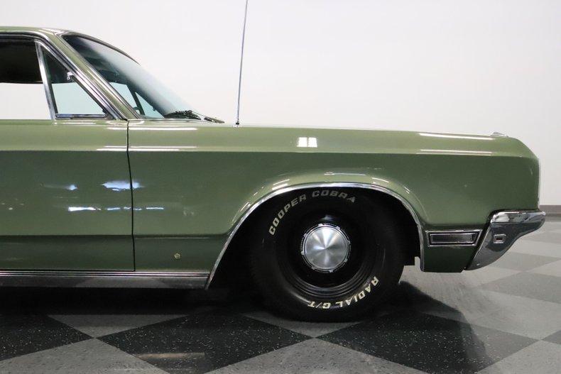 1968 Chrysler Newport 35