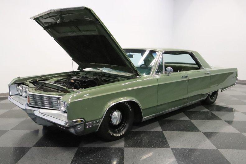 1968 Chrysler Newport 37