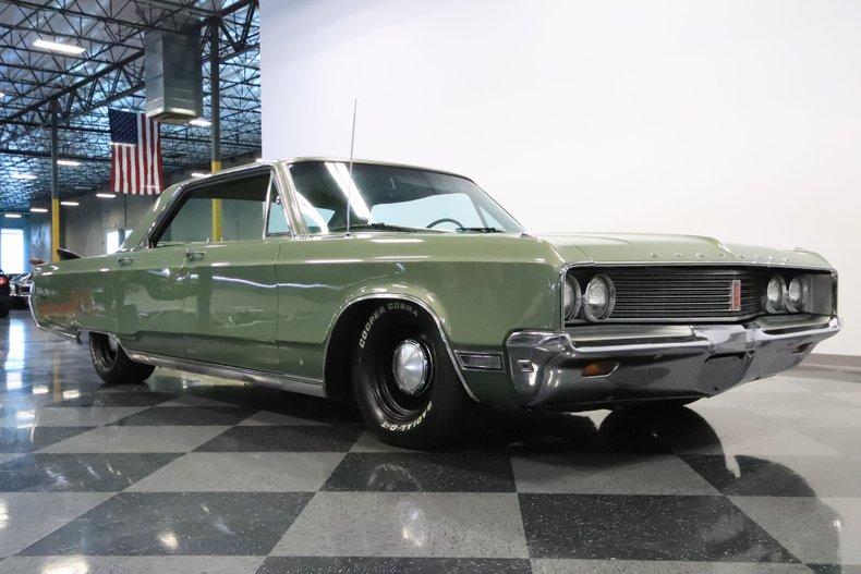 1968 Chrysler Newport 36