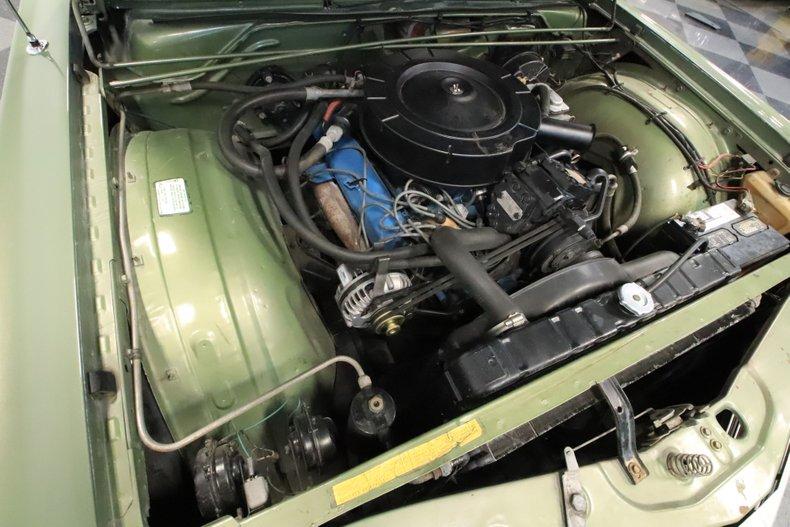 1968 Chrysler Newport 39