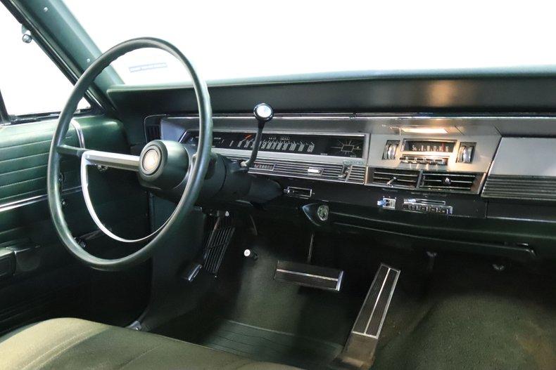 1968 Chrysler Newport 56