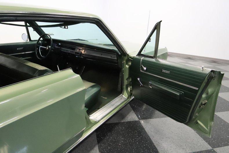 1968 Chrysler Newport 59