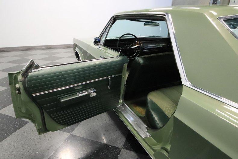 1968 Chrysler Newport 65