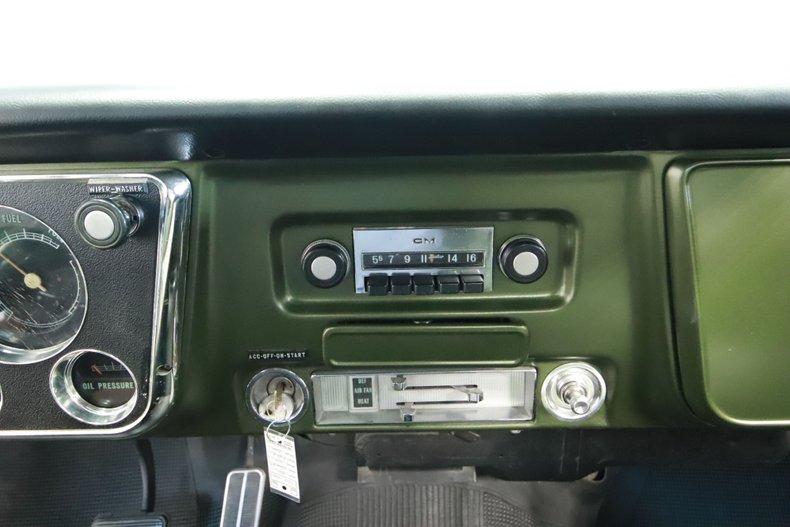1972 Chevrolet C10 50