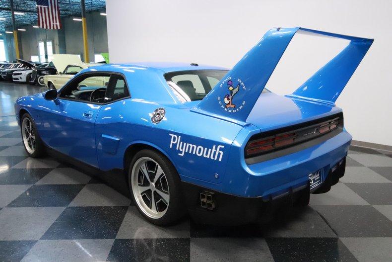 2010 Dodge Challenger 9