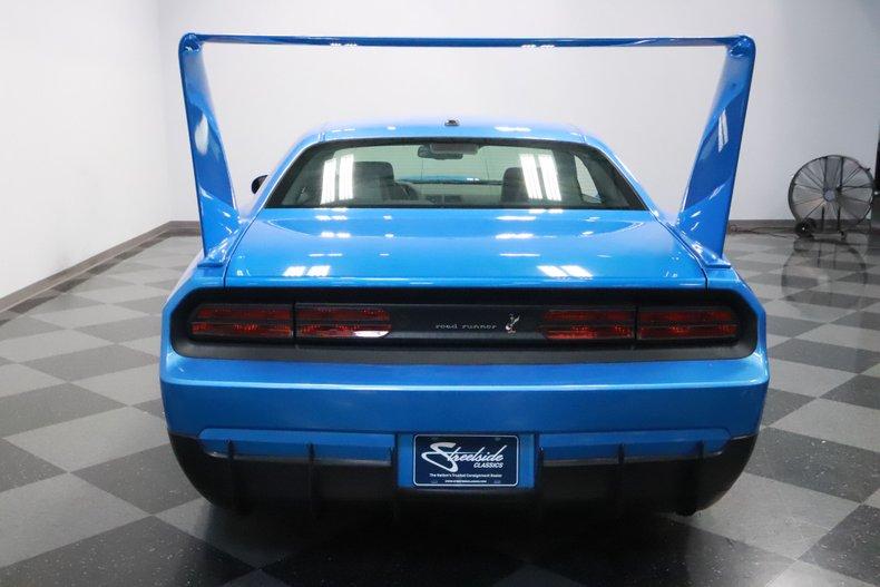 2010 Dodge Challenger 11
