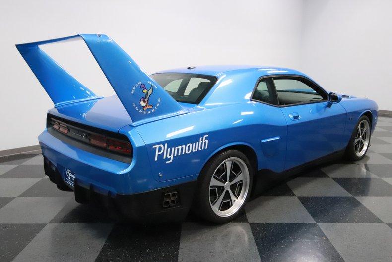 2010 Dodge Challenger 13