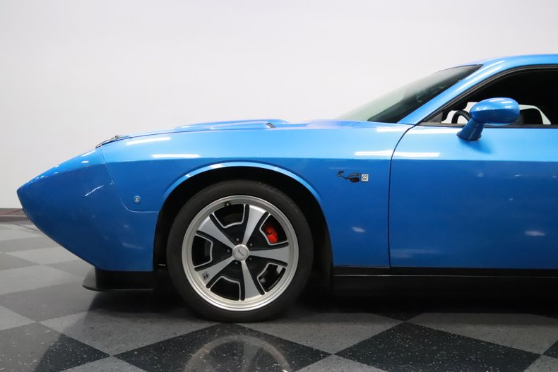 2010 Dodge Challenger 25