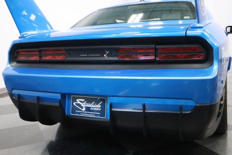 2010 Dodge Challenger 30
