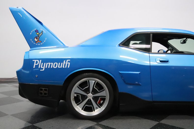 2010 Dodge Challenger 33