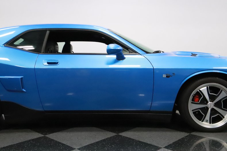 2010 Dodge Challenger 34