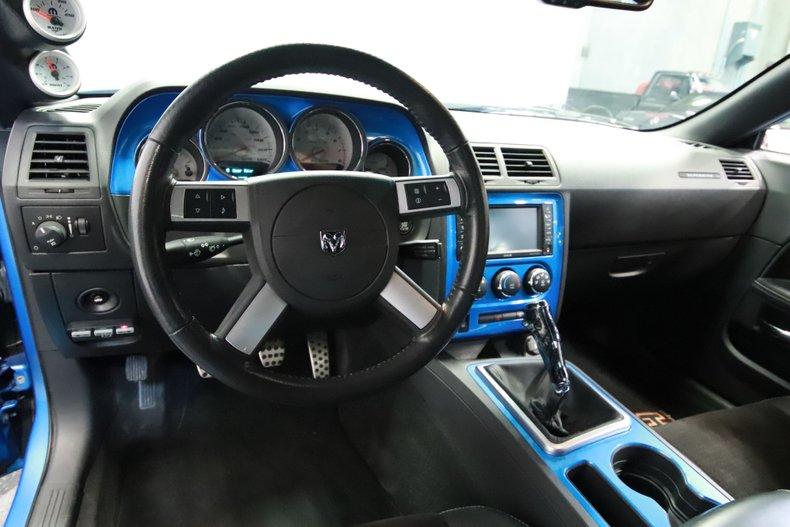2010 Dodge Challenger 46