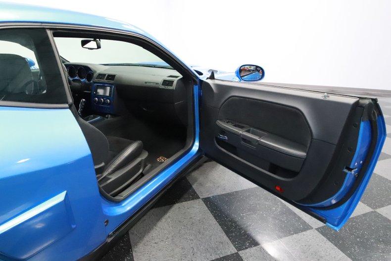 2010 Dodge Challenger 61