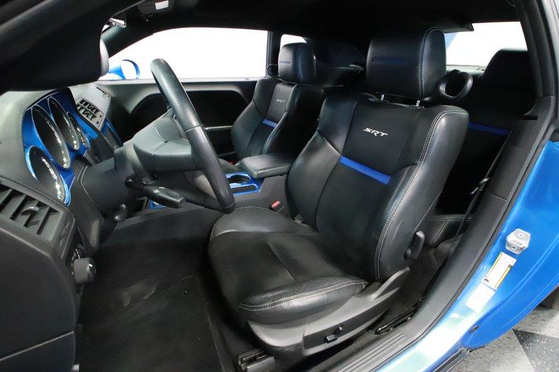 2010 Dodge Challenger 52