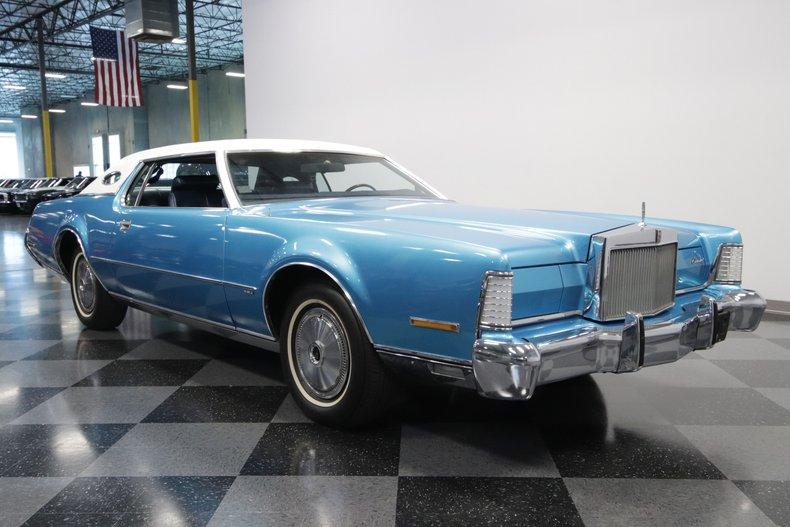 1973 Lincoln Continental 38