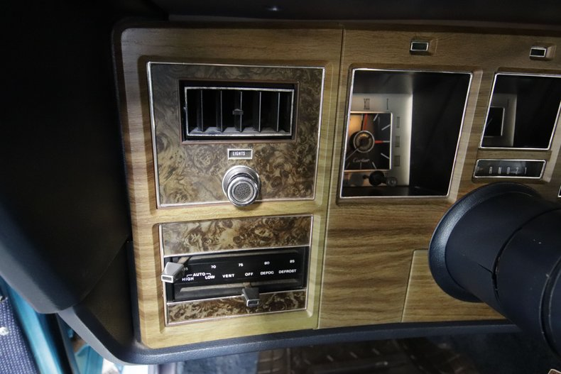 1973 Lincoln Continental 72