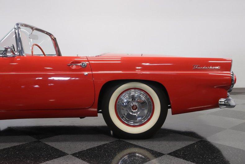 1955 Ford Thunderbird 29