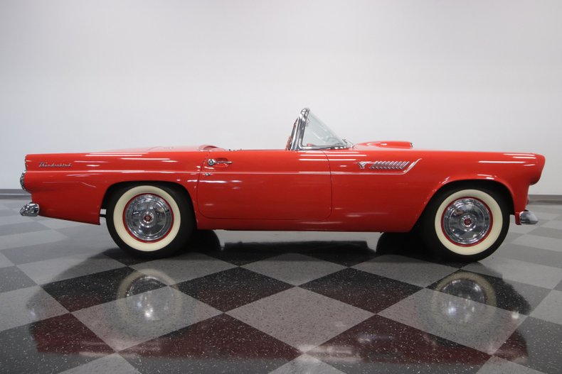 1955 Ford Thunderbird 34