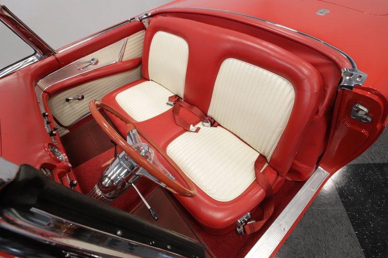 1955 Ford Thunderbird 54