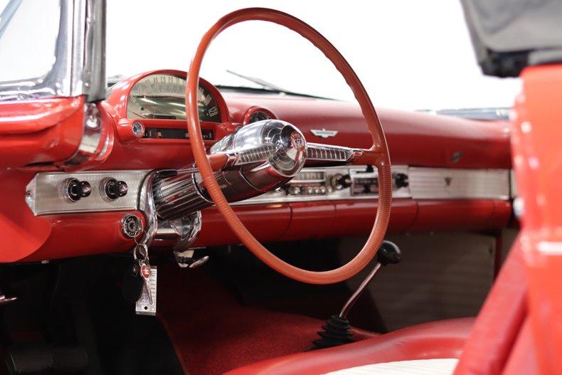 1955 Ford Thunderbird 70