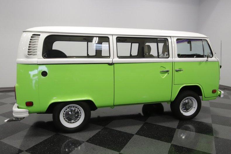 1977 Volkswagen Type 2 22