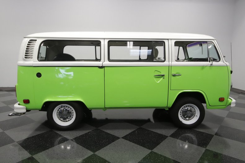 1977 Volkswagen Type 2 23