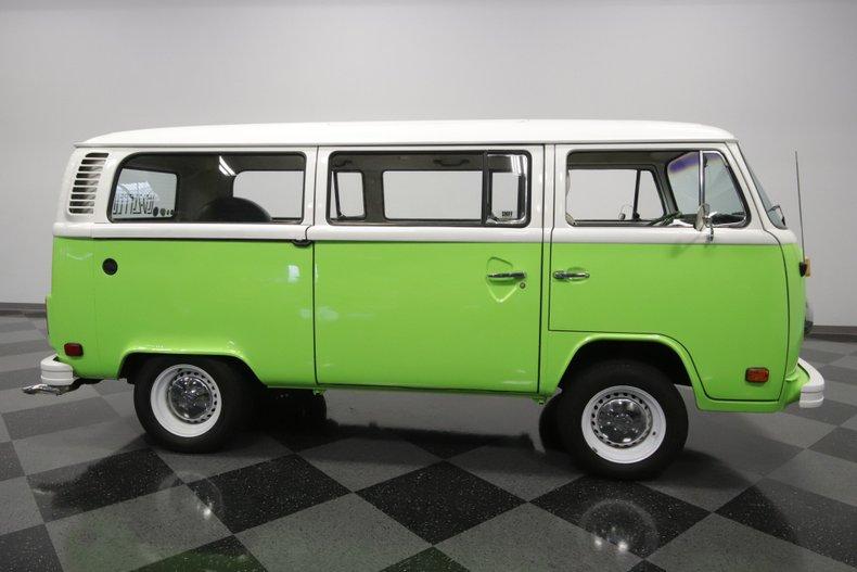 1977 Volkswagen Type 2 24