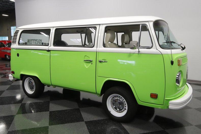1977 Volkswagen Type 2 26