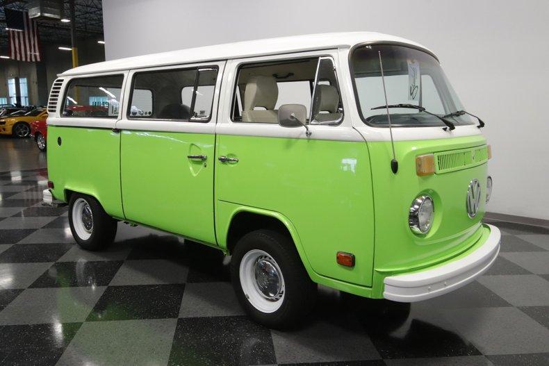 1977 Volkswagen Type 2 27