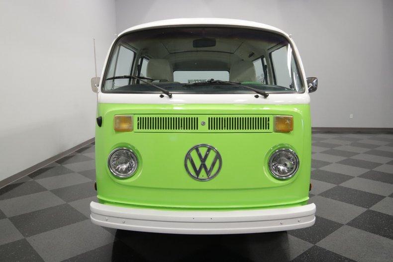 1977 Volkswagen Type 2 31