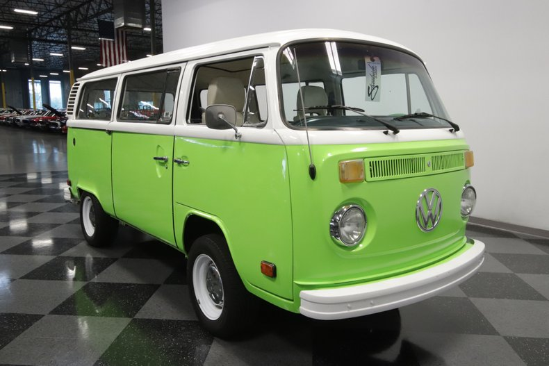 1977 Volkswagen Type 2 28