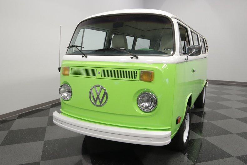 1977 Volkswagen Type 2 32