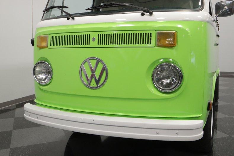 1977 Volkswagen Type 2 34