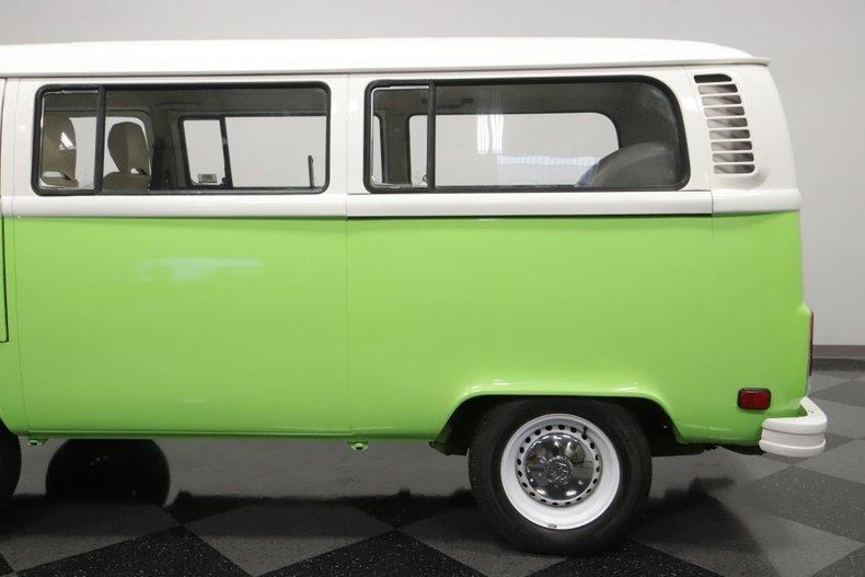 1977 Volkswagen Type 2 38