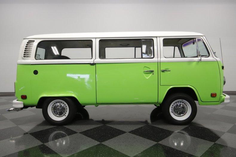 1977 Volkswagen Type 2 43