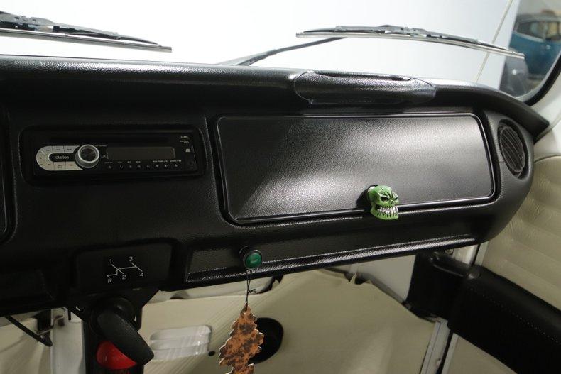 1977 Volkswagen Type 2 61