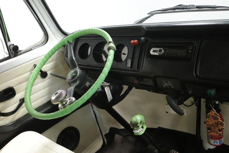 1977 Volkswagen Type 2 67