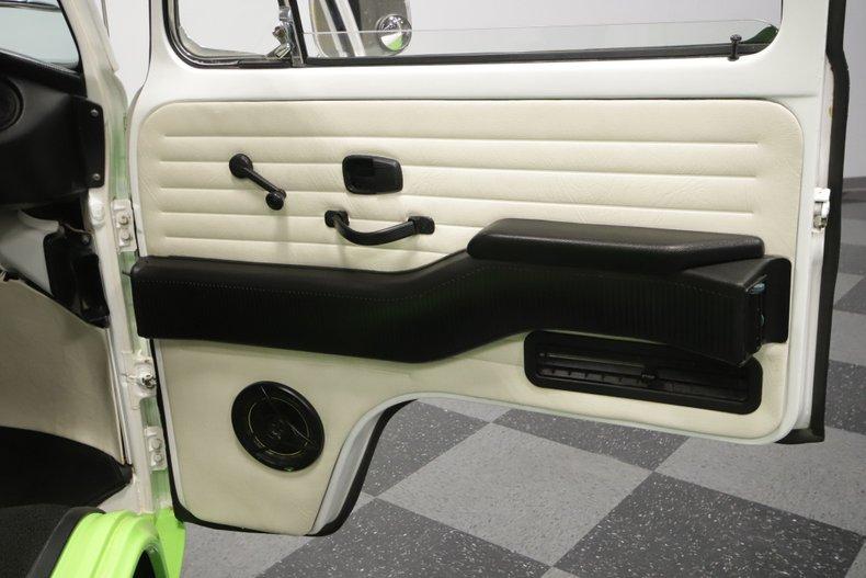 1977 Volkswagen Type 2 69