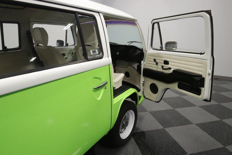 1977 Volkswagen Type 2 70