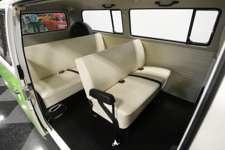 1977 Volkswagen Type 2 72