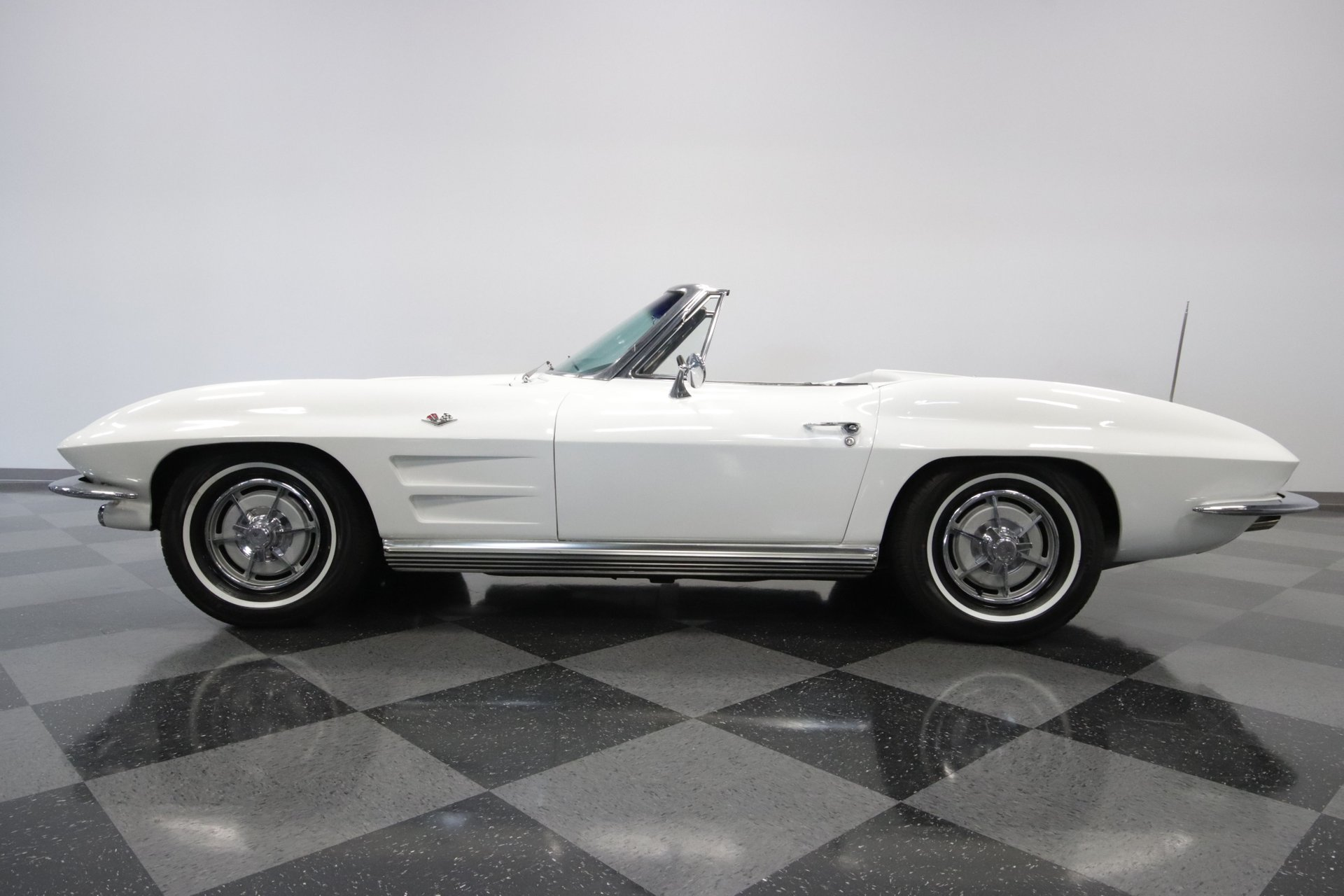 1963 chevrolet corvette sting ray convertible