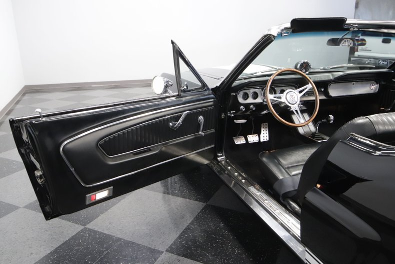 1965 Ford Mustang 47