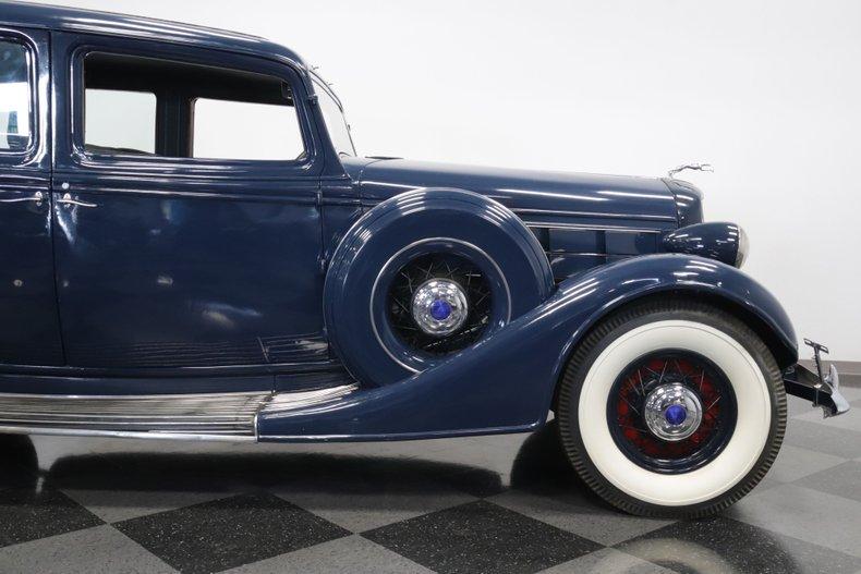 1935 Lincoln K 33